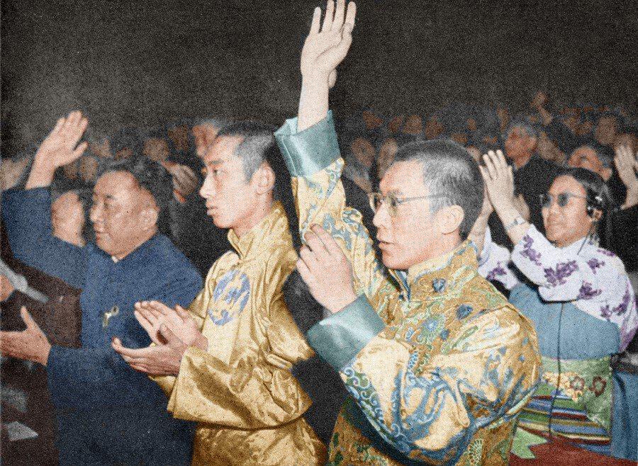 圖/維基共享:1959年3月10日西藏發生大規模抗暴運動,並引發解放軍的血腥鎮壓...