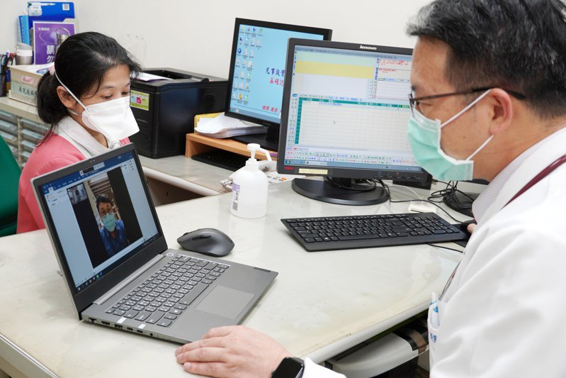 天晟醫院推出遠距看診服務,降低人流接觸帶來的潛在感染風險。天晟醫院提供