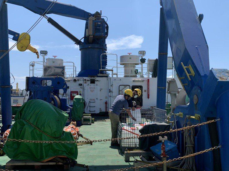 「勵進號」19日從台南安平出港,今天下午1時半返回入港。記者鄭維真/翻攝