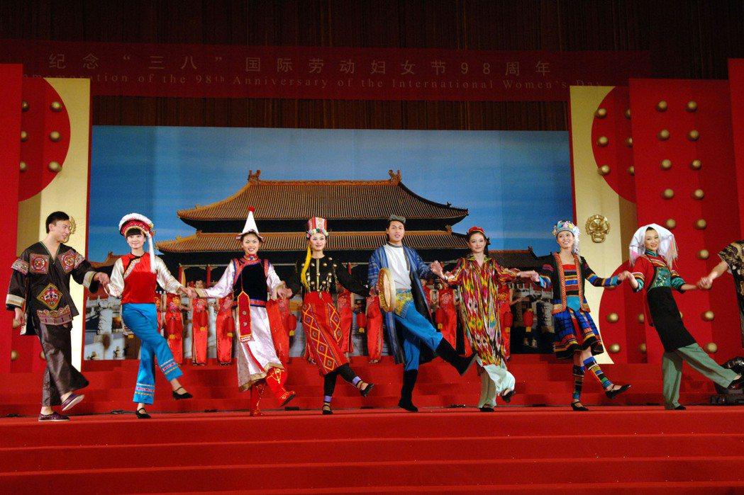 2008年中國國際「三八」婦女節慶祝表演。 圖/新華社