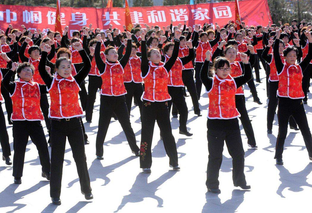 示意圖,中國政府婦女節慶祝活動。 圖/中新社