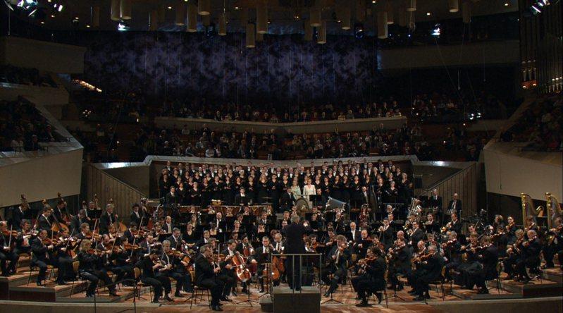 適逢指揮大師馬勒逝世110年,LINE TV可欣賞第二號、第五號及第九號交響樂作品。圖/梅迪奇藝術頻道提供