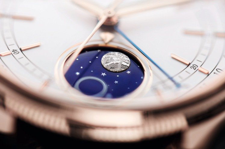 勞力士(ROLEX)2017推出的Cellini Moonphase腕表,以藍色...