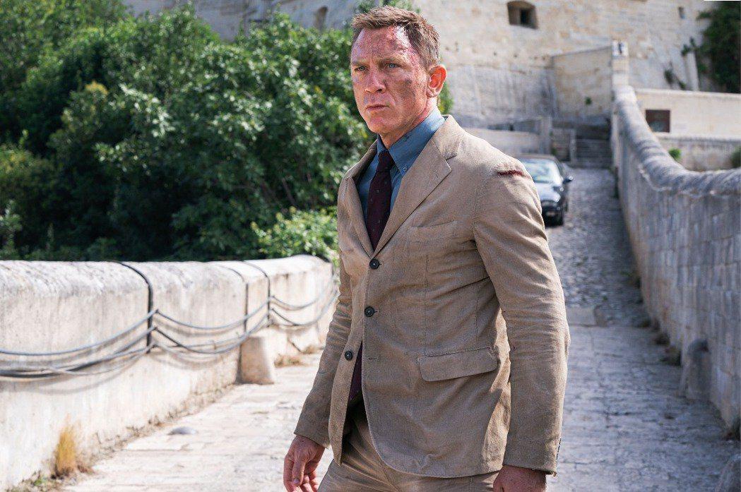 雖然米高梅影業被併購,「007 生死交戰」製片仍強調電影絕對會在大銀幕上映,不會...
