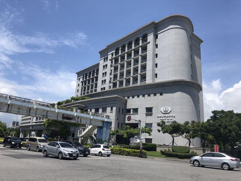 花蓮慈濟醫院有護理師遭歹徒以母親確診詐騙,導致院內還啟動快篩。圖/聯合報系資料照片