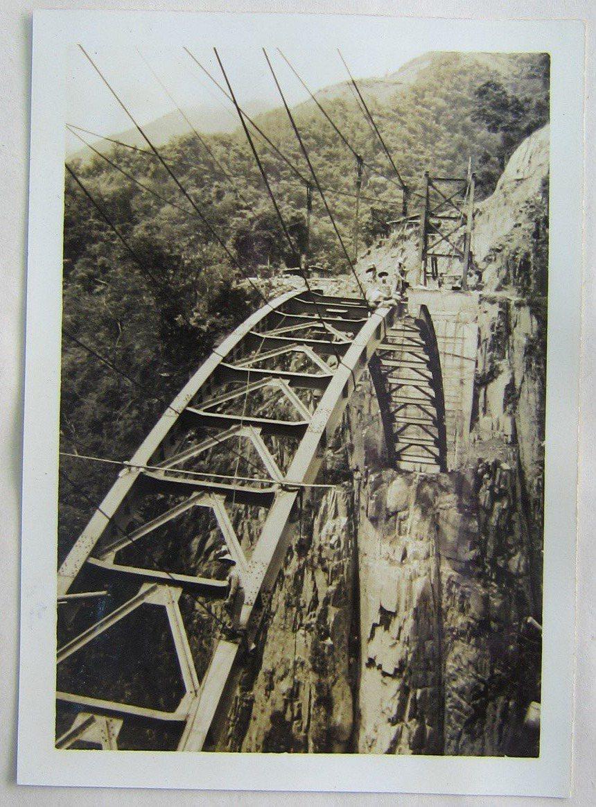 北橫最初的工程興建3座橋梁,當時工程難度高。圖/公路總局第一區養護工程處提供