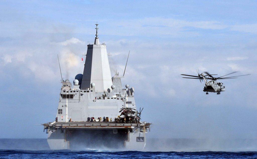 由聖安東尼奧級的設計可以看出,該級艦除了傳統的登陸裝載能量外,還強調兩棲作戰中搭配的航空兵力。 圖/美國海軍