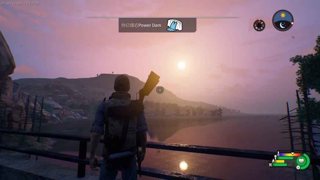 水壩之上欣賞湖面與夕陽