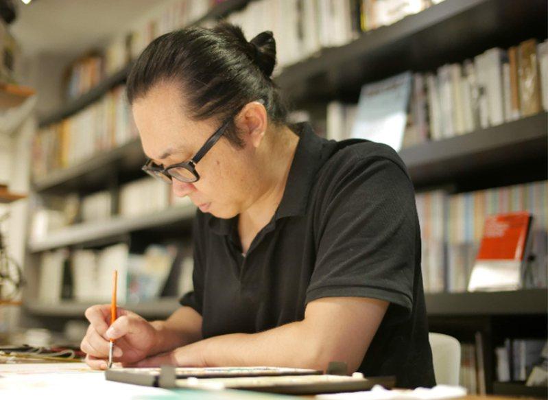 漫畫家阮光民的「東華春理髮廳」熬了12年,近期推出首集復刻版,他接受中央者記者採訪時表示,「東華春」是他創作的轉捩點,從此他的作品一定緊貼台灣在地,述說屬於台灣的故事。(遠流出版提供) 中央社