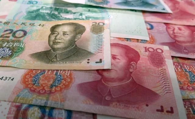 今年4月以來,人民幣對美元匯率持續上漲,已經重回6.3元時代。圖源:新浪財經
