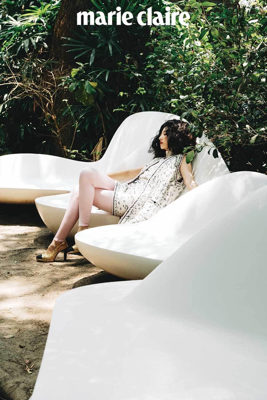 桂綸鎂為雜誌拍攝封面。圖/Marie Claire美麗佳人提供