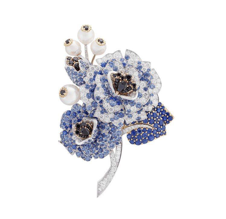 Pensees胸針,白K金與黃K金鑲嵌藍寶石、黑色尖晶石、白色養殖珍珠、鑽石,價...
