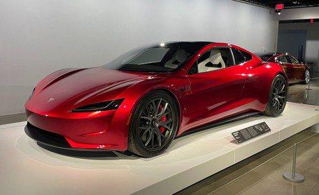 第二代Tesla Roadster這麼厲害? 裝上秘密武器後0-100只要1.1秒!
