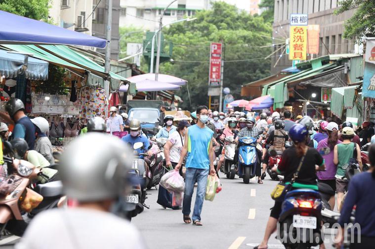 菜市場示意圖。記者葉信菉/攝影