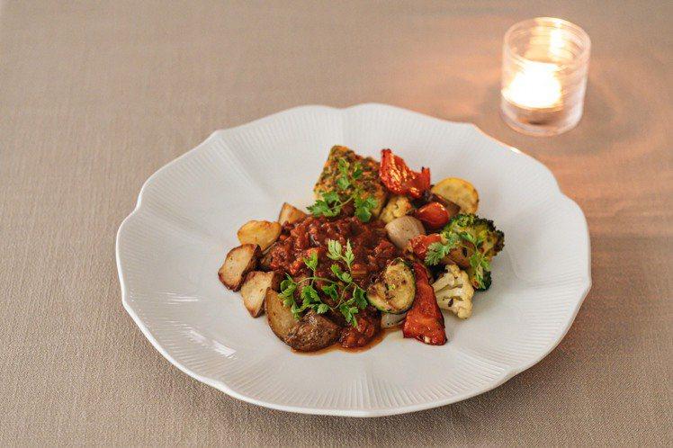 慢煮豬臉頰、香脆油封馬鈴薯、爐烤時蔬、醋漬蕃茄、烘蛋和番茄醬汁。圖/Chou C...