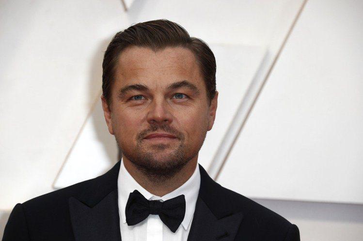 46歲好萊塢巨星李奧納多狄卡皮歐(Leonardo DiCaprio)曾在2013年被八卦雜誌爆料,和女星茱莉安哈克(Julianne Hough)感情非常親密,想不到近期,卻被茱莉安哈克的外甥女在...