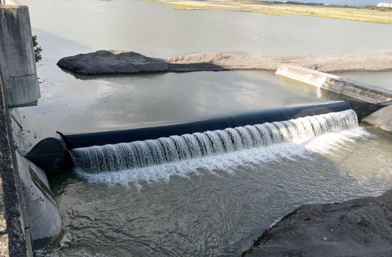近日降雨,高屏堰取水量提升。圖/高雄市水利局提供