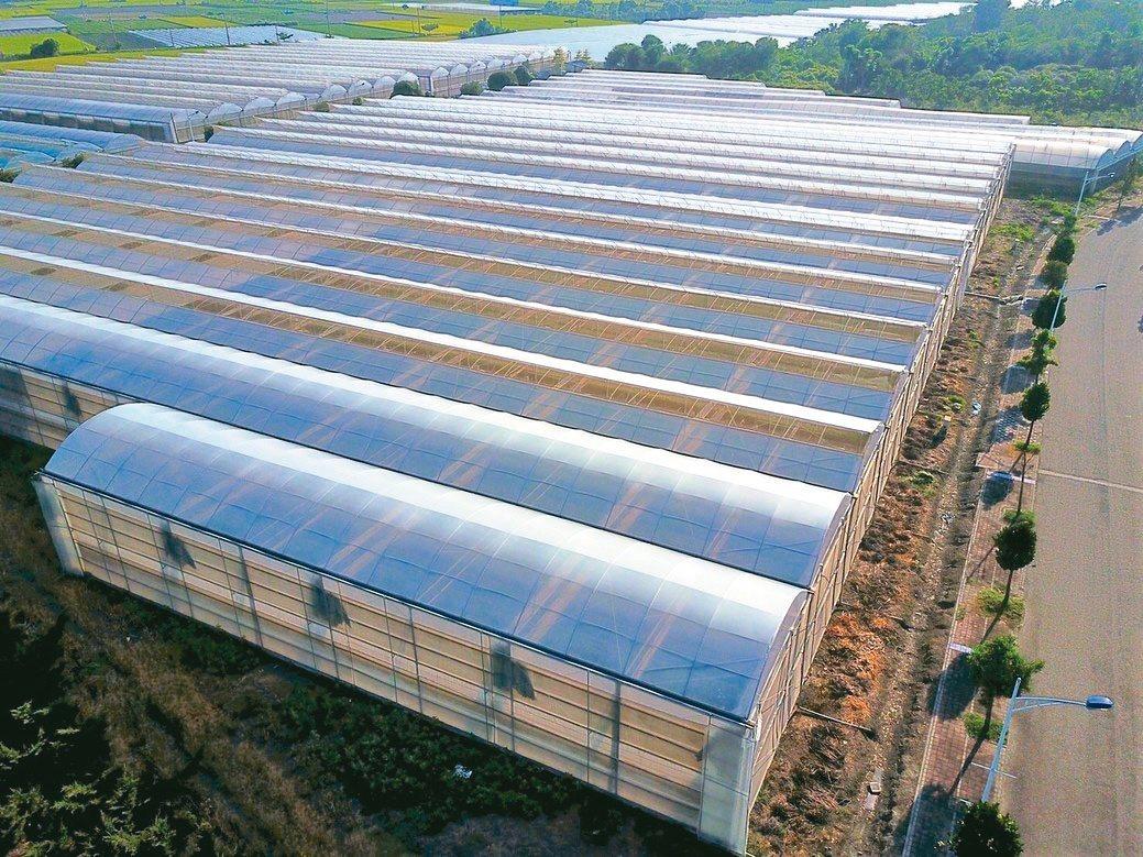 隆笙農業建構精緻化、智能化的智慧溫室。隆笙農業/提供