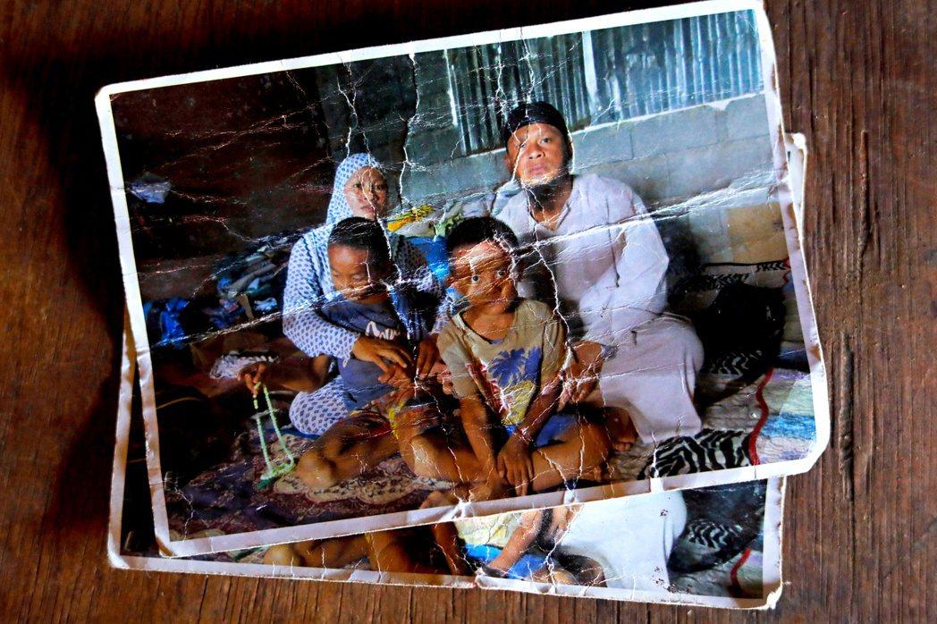 菲律賓日前呼籲,若有親人在2017年的馬拉韋恐怖攻擊事件中失蹤,希望可以主動提供...