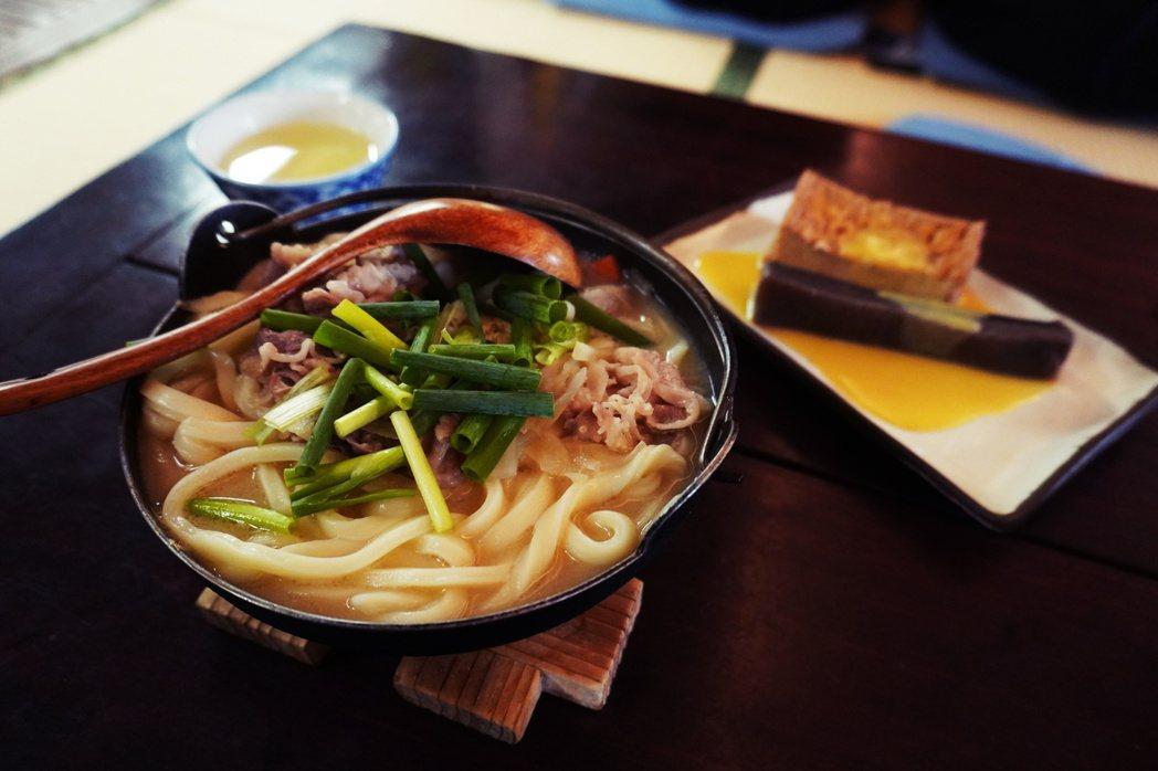 味噌烏龍麵(打ち込みうどん,uchigomi udon)同樣也是香川的傳統鄉土料...