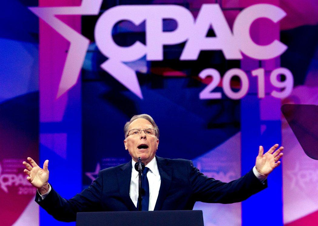 被視為NRA「魔王化」關鍵人物的Wayne LaPierre,在2019年保守政...