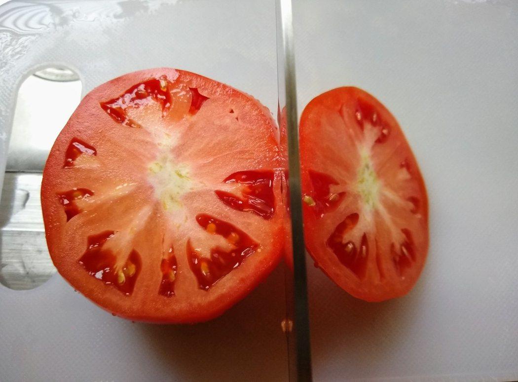 圖文:美國番媽/食譜【抗疫早餐】🇺🇸茅屋乳酪蕃茄盅