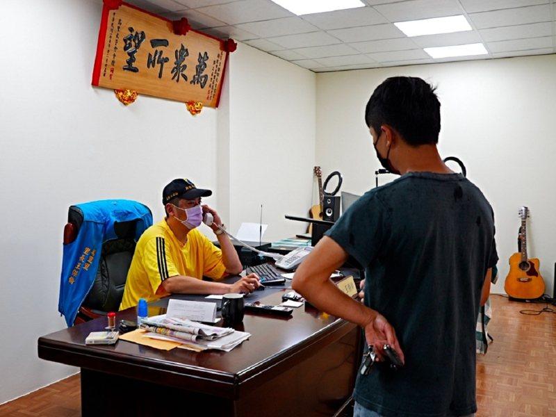 萬里里辦公室遷到瑪鋉溪旁的瑪鋉下街上,因疫情沒有舉辦搬遷儀式,直接啟用辦公。