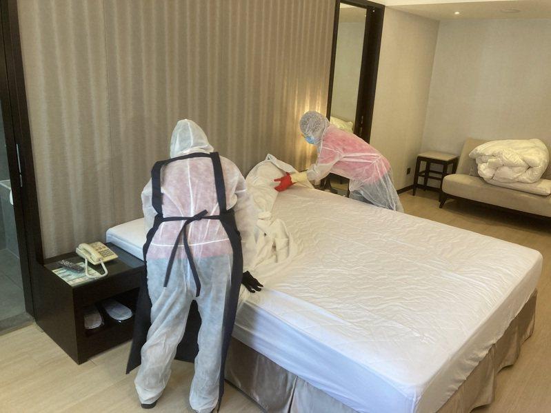 高市防疫旅館目前共有4203房,下周預計達到4530房,工作人員每月有3000元防疫津貼。圖/市府觀光局提供
