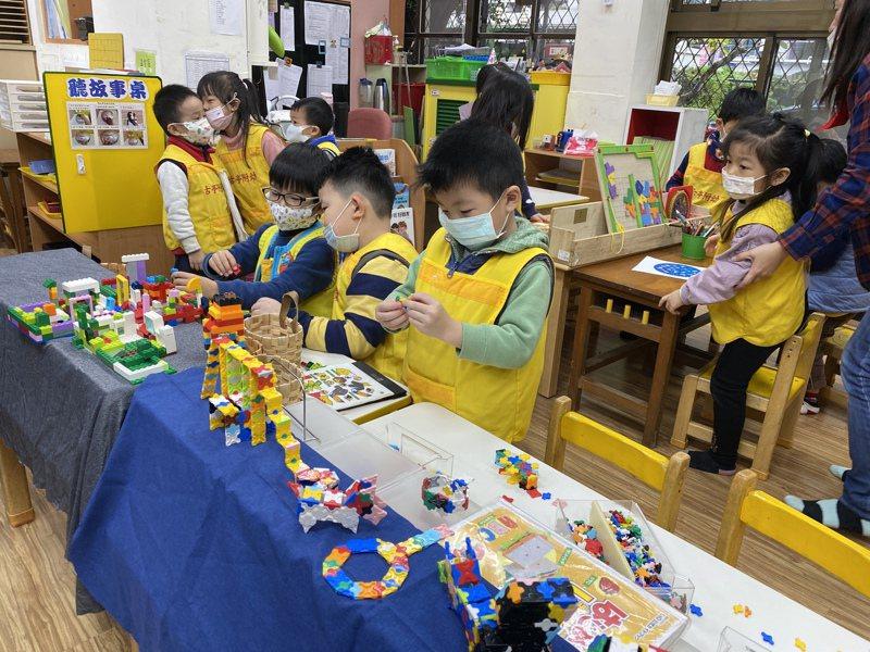 台北市110學年度公立及非營利幼兒園招生將於6月6日起,按原公告期程辦理,因應疫情變化,改採「預約審核」。記者潘才鉉/攝影