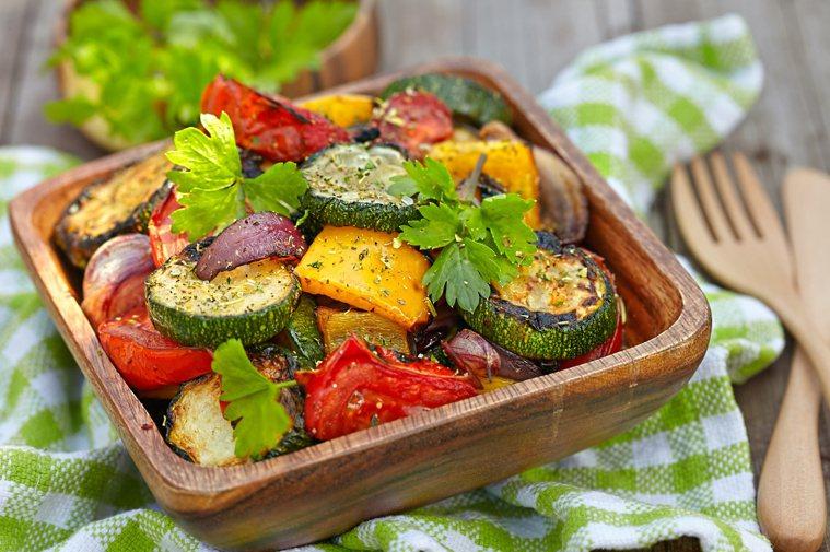 櫛瓜,夏天瘦身、補鐵補鈣好食材。圖/123RF