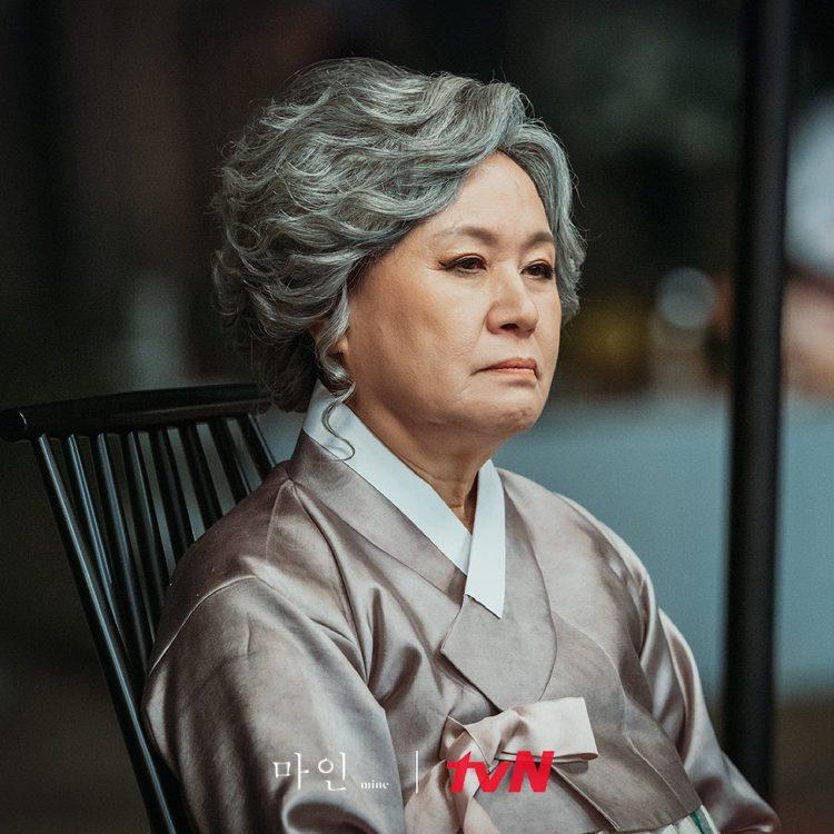 過著皇后般生活的會長夫人。圖/擷自tvN 드라마(Drama)臉書