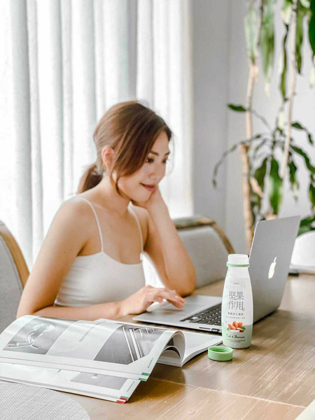 「全台首款」冷藏杏仁果奶品牌《堅果作用》,為大眾提供早餐飲品新選擇。泰山企業/提...