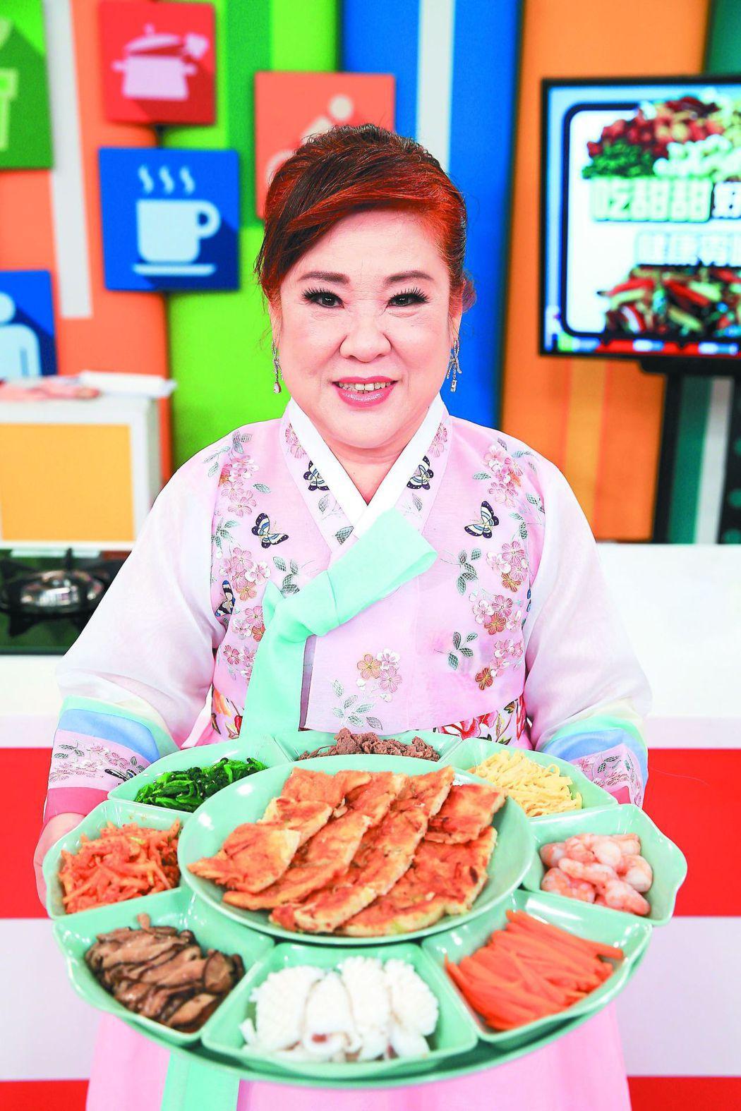 姜育恆的姊姊姜育花曾在節目上拿出韓國年菜料理。圖/報系資料照