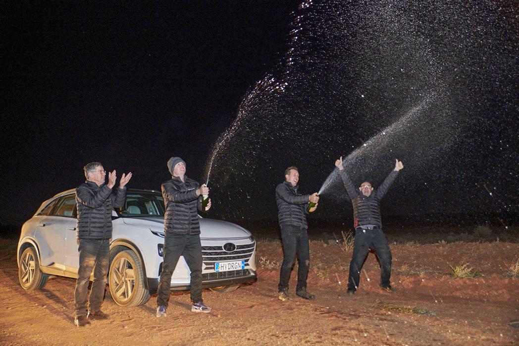 Hyundai Nexo氫燃料車單趟行駛距離達到887.5公里,打破自身紀錄與世...