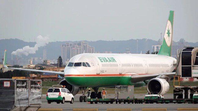 貨櫃航運漲翻天後,航空股也跟著漲,長榮航能否複製長榮模式大漲呢?本報資料照片