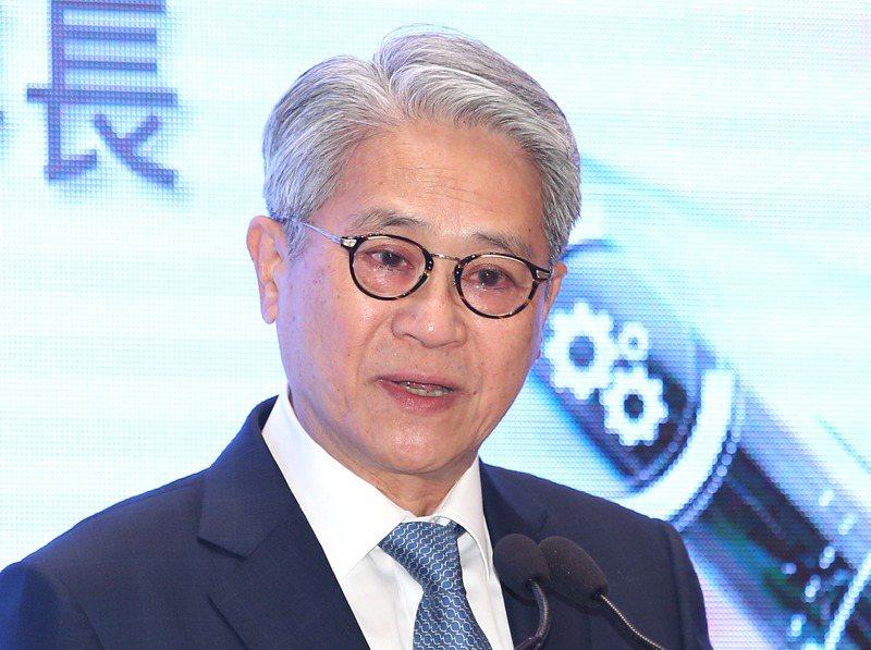 台新金控董座吳東亮已年過七十、滿頭白髮,到了要思考接班的階段。圖/聯合報系資料照片