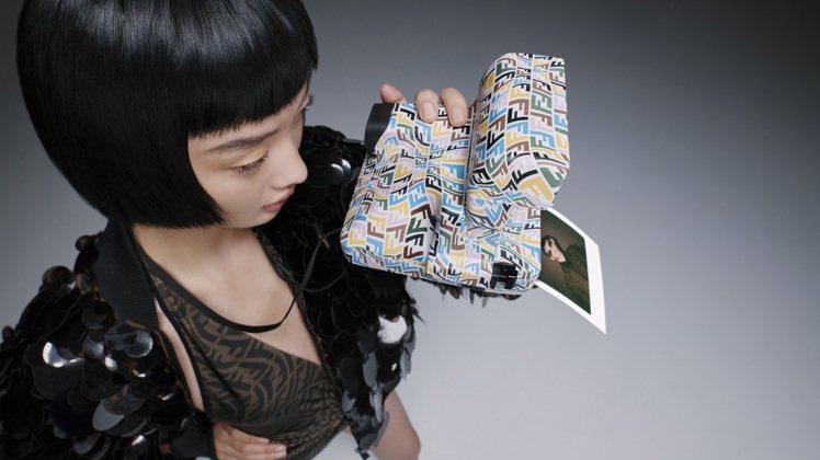 FENDI Vertigo聯名系列與Polaroid共同推出Vintage Po...