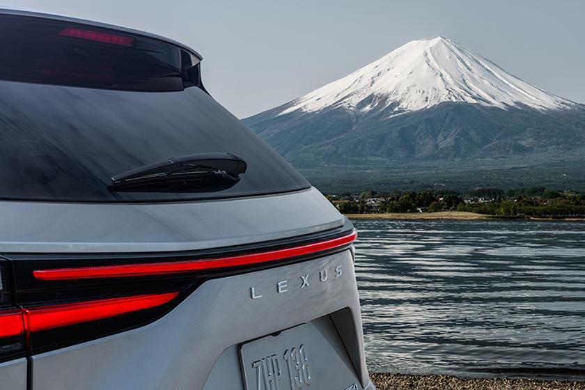 日系豪華品牌LEXUS的中型休旅NX,即將於日本當地時間6月12日中午12點亮相...