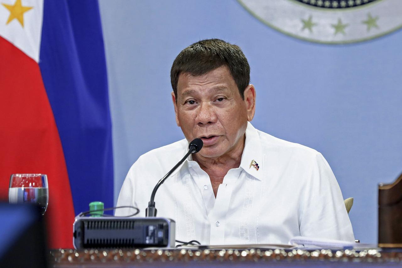 菲律賓8基層官員遭控 執法鬆散致超級傳播事件