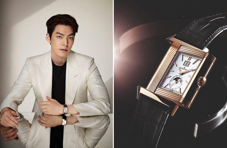金宇彬手的積家Reverso腕表,是為該系列90周年系列而創立,具有1930年代...