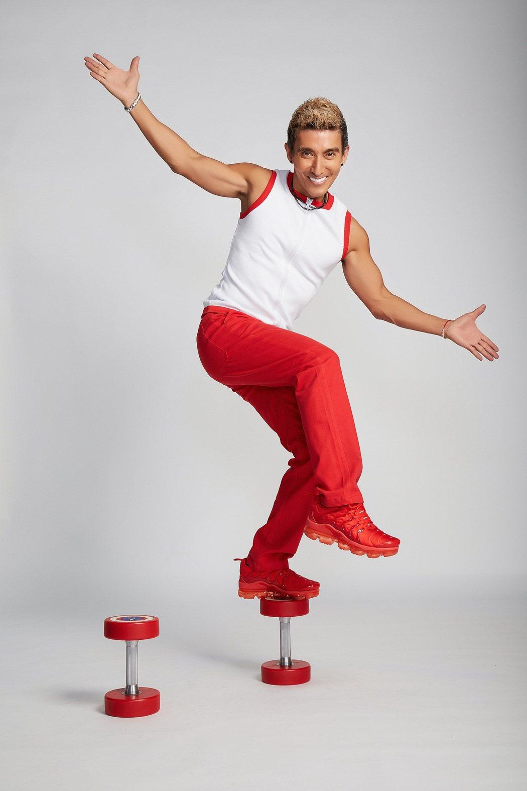 潘若迪發行首張個人單曲「健人就是腳勤」。圖/艾迪昇傳播提供