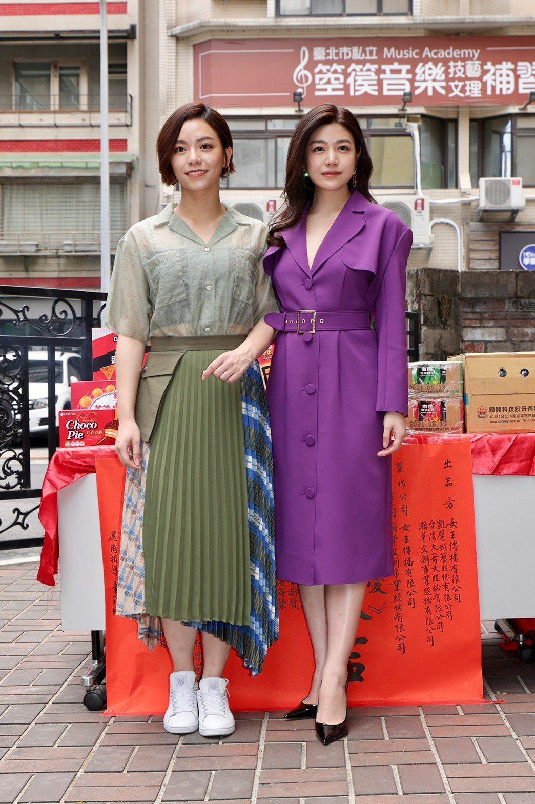 陳妍希(右)、宋芸樺因演出「少女」夯片,成為當代女神。記者李政龍/攝影
