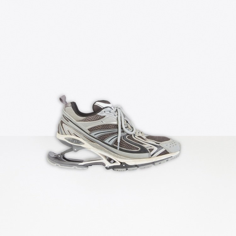 X-Pander sneaker高彈運動鞋,40,500元。圖/Balencia...