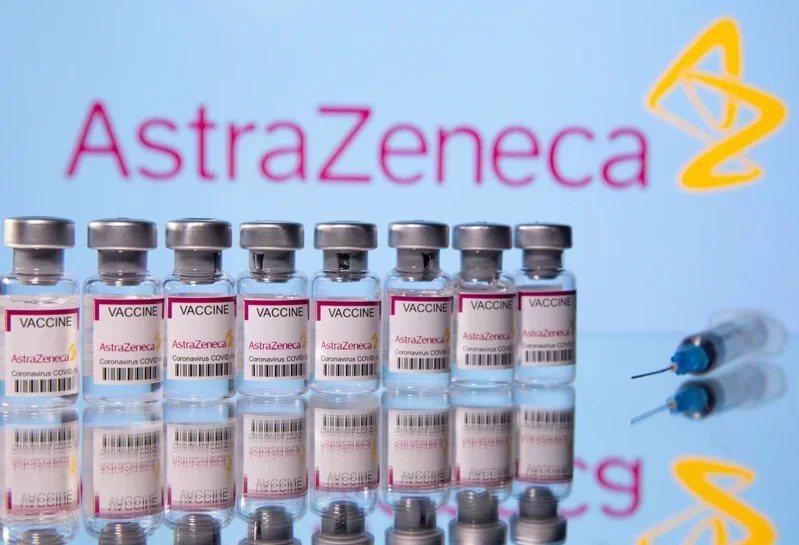 我國出現首例施打AZ疫苗血栓個案。  圖/路透社