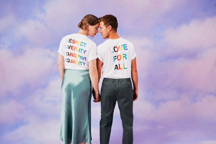 BOSS推出Pride限量系列歡慶同志驕傲月,由美國演員Tommy Dorfma...