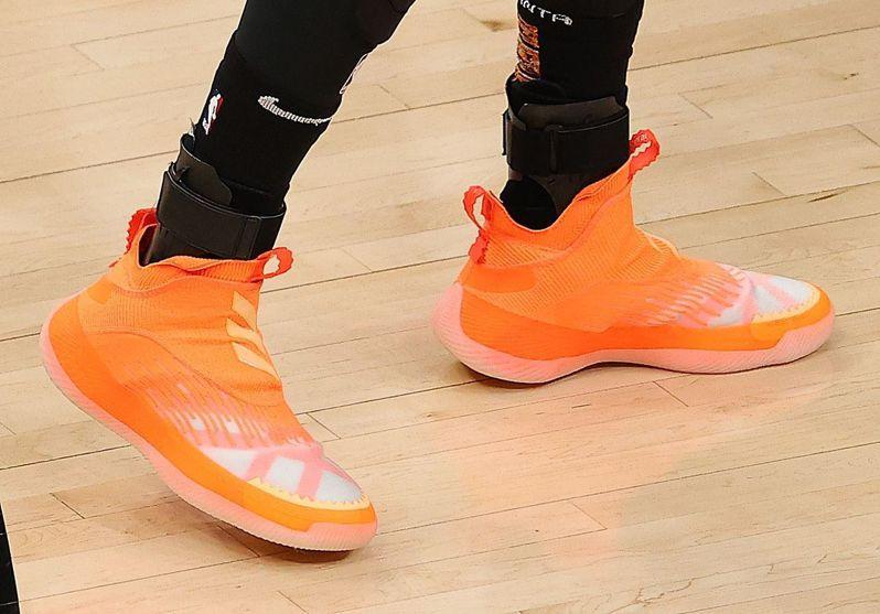 楊恩的戰靴。 法新社