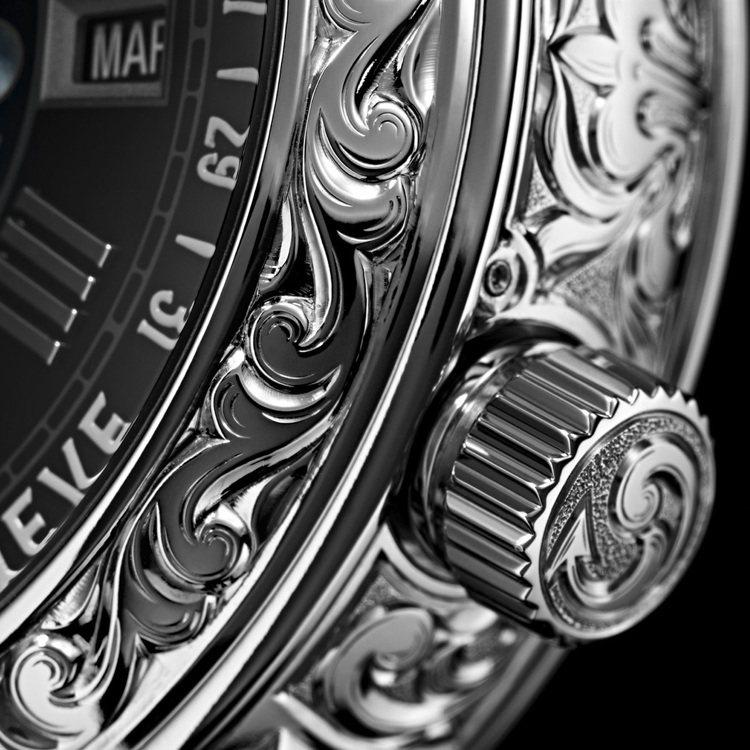 百達翡麗Ref.6002腕表表殼的捲葉式雕刻圖紋以人手精雕,工序超過100小時。...