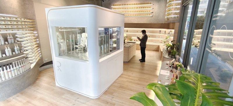 歐萊德「±R計畫」概念店,選在6月5日世界環境日當天正式開幕。回溯2012年的6...