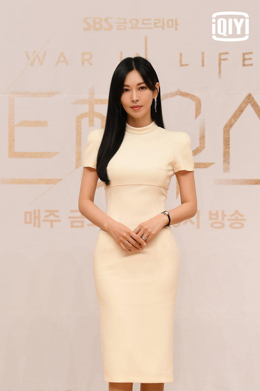 金素妍現在多了百想視后頭銜。圖/愛奇藝國際站提供