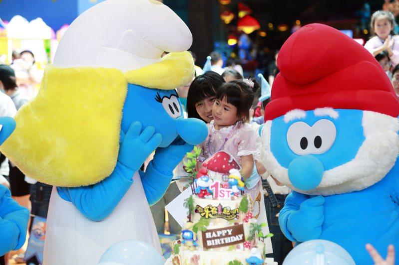大陸一些家長熱衷給孩子舉辦「12歲」生日宴,一場宴會下來,動輒花上二、三十萬元。中新社